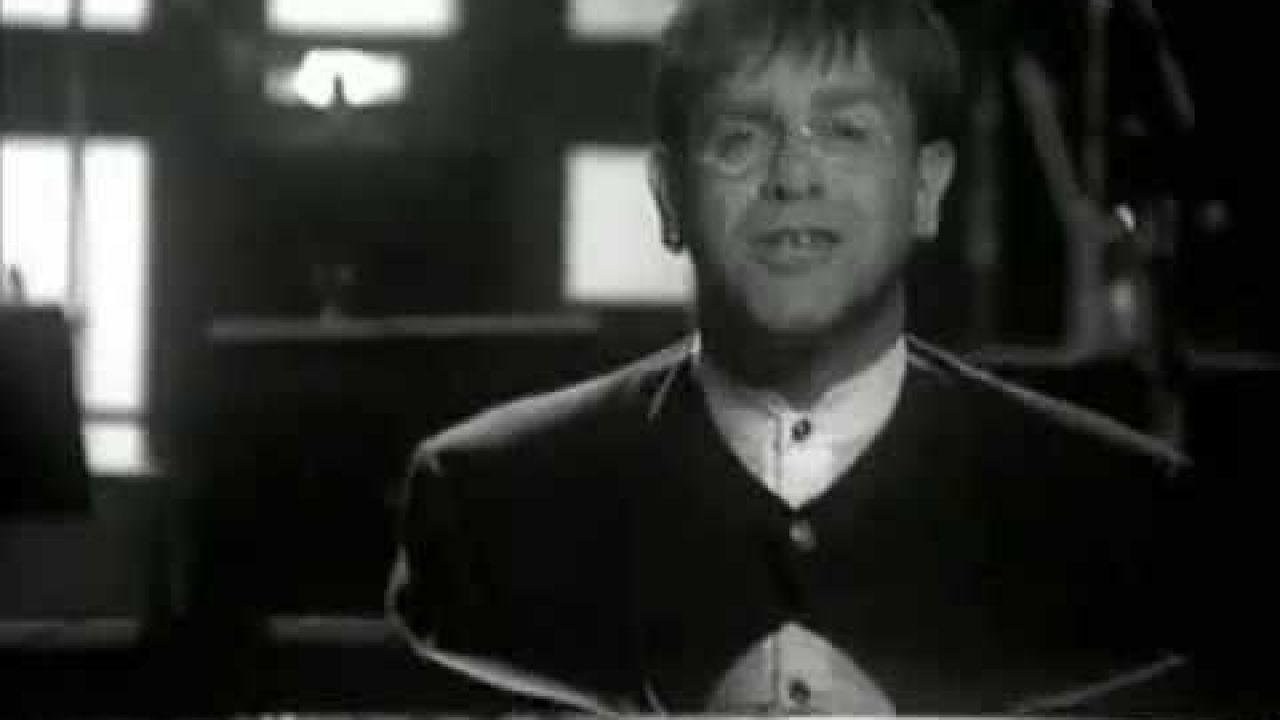 Elton John - Circle Of Life (The Lion King soundtrack) sing-along
